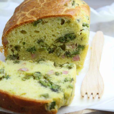 Plumcake con asparagi, pancetta e pecorino