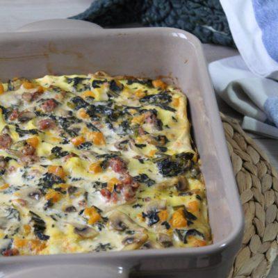 Lasagne con cavolo nero, zucca e salsiccia
