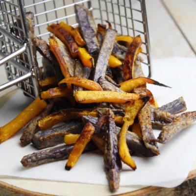 Chips di zucca e patate viola al forno